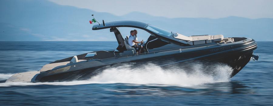 Rebel40_6 barche a motore