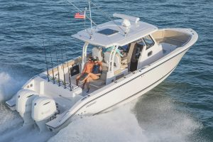Pursuit S328 Sport barche a motore 1