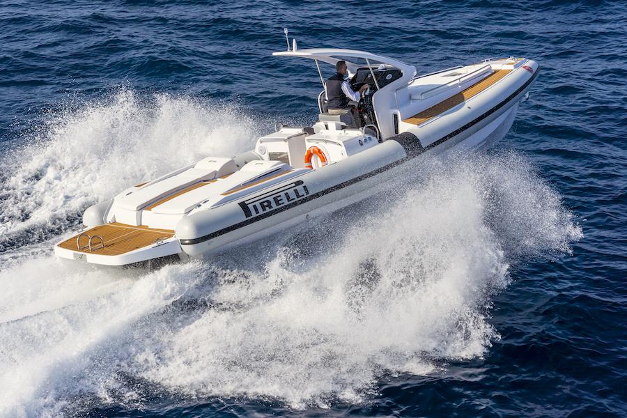 Pirelli-PZERO-CABIN-110-gommone-barche-rib