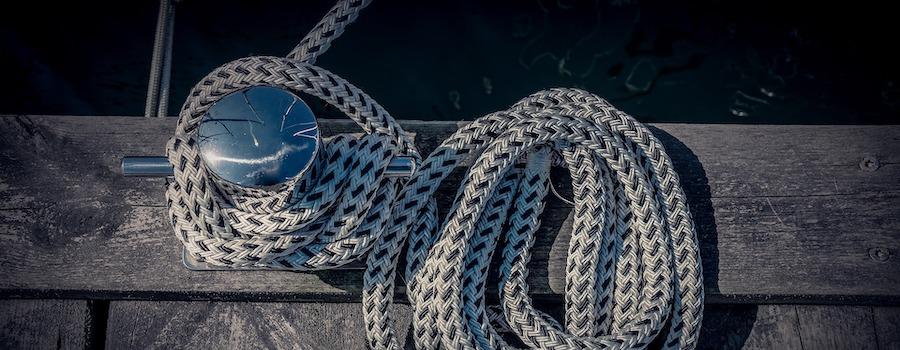 barche a motore ormeggio